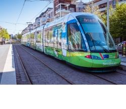 Le tramway de Strasbourg décoré aux couleurs du pacte vert
