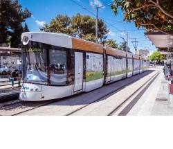 Le tramway de Marseille décoré aux couleurs du pacte vert