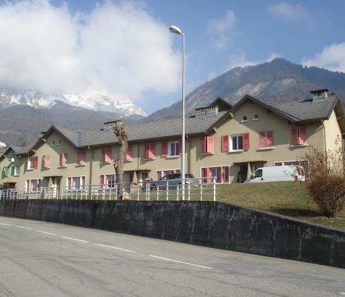 Rehabilitation-thermique-de-53-logements-sociaux-et-installation-du-Laboratoire-energetique-La-Montagnette-a-Ugine-73.jpg